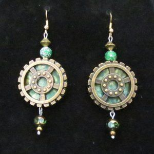 **New Hand Crafted** Green Gear Steampunk Earrings